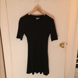 Minimalist Cotton Half Sleeve Dress